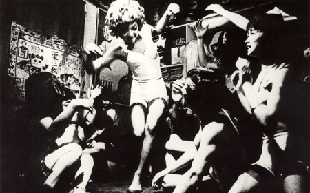 funeral parade of roses1